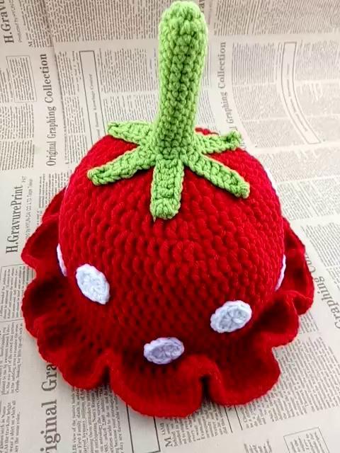 纯手工编织草莓帽子!