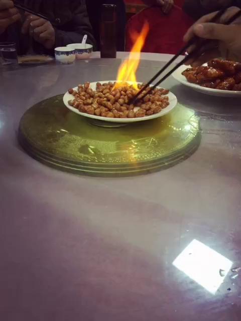 美胸撸管花生米着火后