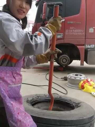 轮胎性技巧图女侠