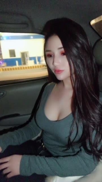 极品巨乳美女晨晨名媛阁自拍视频_第3期