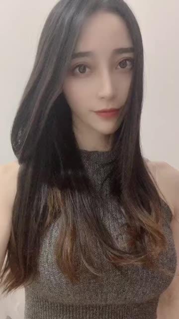 水嫩女孩动感霖儿自拍视频_第27期